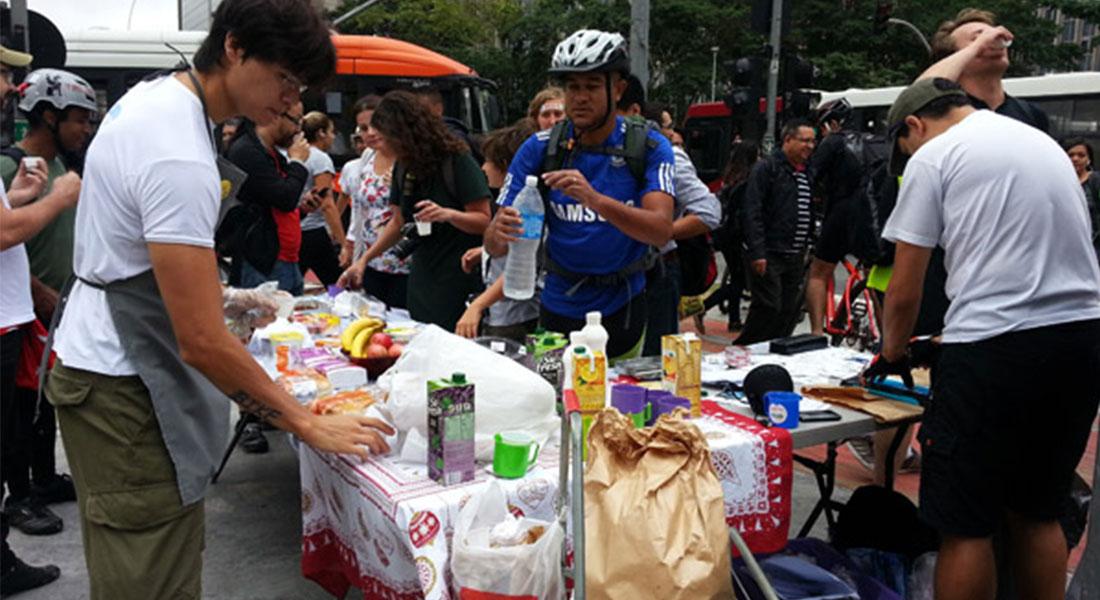cafe-de-bike-ao-trabalho-2014